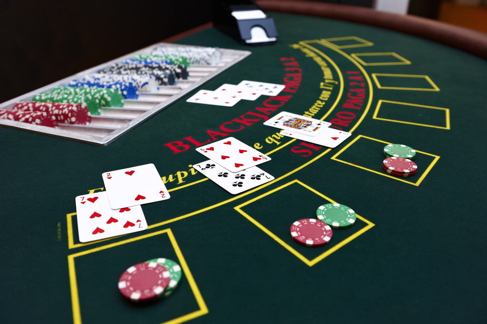 Fixed limit holdem poker strategy
